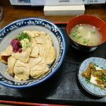 とりビアー - とりわさ丼 並¥900