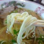 金久右衛門 - 金醤油ラーメン 細麺