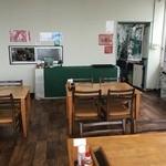 エアポート屋久島 - 出来上がったら厨房まで取りに行き、食後は自分でお皿を戻すセルサービスシステムです