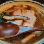 烈志笑魚油 麺香房 三く - 安定のかけラーメンである。