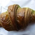 50019056 - 抹茶のクロワッサン