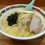 味の札幌 - 味噌カレー牛乳ラーメン 800円