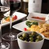 レストラン「ザ・リバーサイド カフェ&ダイニング」 - ドリンク写真:ワインリストもございます。