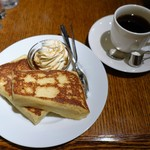 CAFE AALIYA - フレンチトースト メープルソース