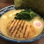 麺屋 武士道 本店 - 濃厚豚骨ラーメン(醤油)