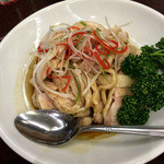 景徳鎮 新館 - 豚肉とピーマンの細切り炒め