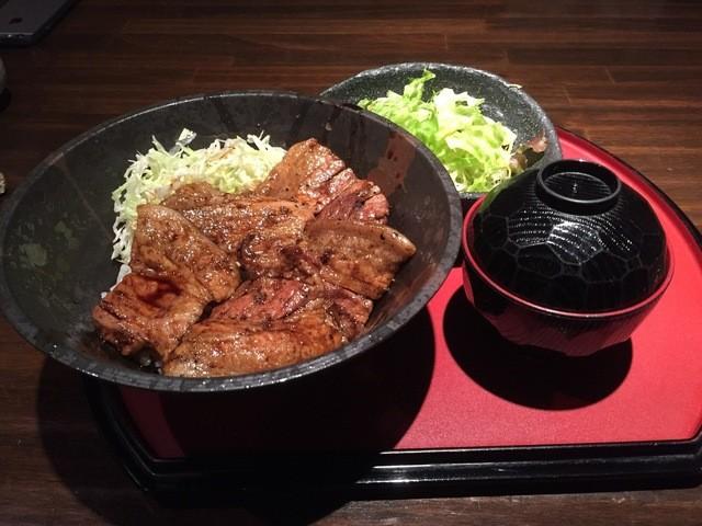 駿河 - 豚丼