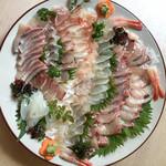 和饗 - 糸島の豪華鉢盛り