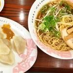 大阪王将 - 水餃子と味噌 中華そば