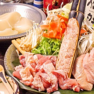 大人気コラーゲン水炊き♪食べ飲み放題は2980円~!