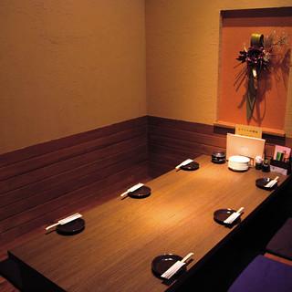 落ち着いた雰囲気の個室でランチ・ディナーともに楽しめる!