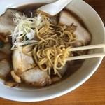 50045951 - 麺は中細麺