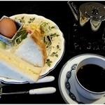 梅田家 - 料理写真:モーニング 本日のコーヒー ¥450-
