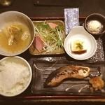 笹塚のひもの屋 - ブリの塩焼き☺︎