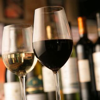 厳選ボトルワイン、ネット価格+1000円で提供中!