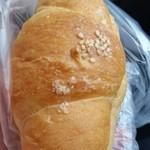 TRANQUILO BREAD - 塩あんロール113円
