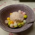 50075388 - 桜味のアイス。おいりが入ってます。