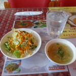 50079301 - サラダ、スープ、お冷