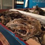牡蠣とシャンパン 牡蠣ベロ -