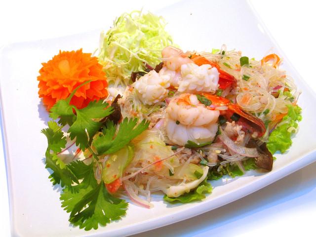 タイ人が集まる!川崎の穴場タイ料理〜ムーハウ〜 …