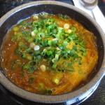 一平ちゃん - 牛骨ベースのスープに2種類の味噌を入れたピリ辛味です!