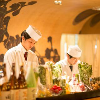 旬魚のお寿司やお刺身、珍しい産直野菜をお楽しみくださいませ。