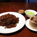 50118045 - 牡蠣の黒醤油チャーハン(麺・飯セット)