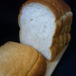 土切製パン  - 料理写真:山型食パン