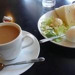 モルゲン - コーヒー350円とモーニングサービス