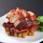 中国料理 ロータスダイニング - 料理写真:専用かまどで吊し焼いた香ばしい焼き豚。