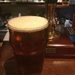 スコティッシュ パブ ブリッジェンド - 長野県で作られるクラフトビール よなよなエールのリアルエールも樽生で提供しております。イギリスから取り寄せたハンドポンプという独特のサーバーで注がれるパブの定番リアルエールの味を是非ご賞味ください。
