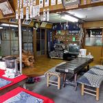 峠の茶屋・最上屋 - テーブル席(2016年4月)