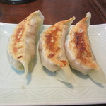 青菜 - 名物 肥肥(フィフィ)餃子