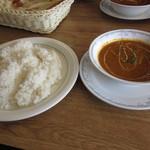 インド・パキスタン料理&カフェ ナイル - ライスとキーマカレー
