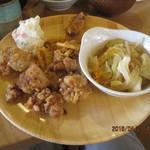 Yawataya - 鶏肉の唐揚げ、皿うどん