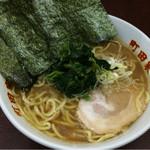 町田家 - ラーメン 濃いめ多め固め 720円