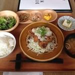 50146322 - 若鶏の竜田揚げおろし塩ポン酢定食①
