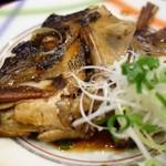 寿司割烹 寿司御殿 - 煮魚(名物握り膳)