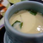 寿司割烹 寿司御殿 - 茶碗蒸し(名物握り膳)