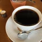 山村珈琲工房 - ドリンク写真:深煎りコーヒー