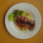 ペッパー鴨肉のバルサミコ酢ソース
