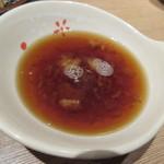 天ぷら八兵衛 - 天つゆはカツオが効いた甘さ抑え目の味♪