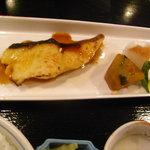 5015999 - 銀ダラ定食1200円