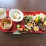 日本料理 花坊-hanabo- - 八寸は共通