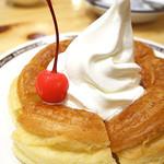 コメダ珈琲店 - シロノワールの小さいやつ (・o・)