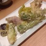 50154123 - 山菜天ぷら盛合せ