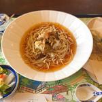 ビオトープ芽吹き屋 - きのこづくし稗麺(ひえめん)830円