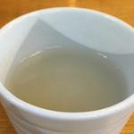 おおわ田 - 料理写真:食前に柚子の入ったそば湯が提供されました。