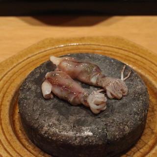 樋口 - 料理写真:岩盤の上で自分で焼く