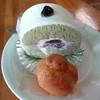 とろーにあ - 料理写真:抹茶ケーキ(プチシュー付)